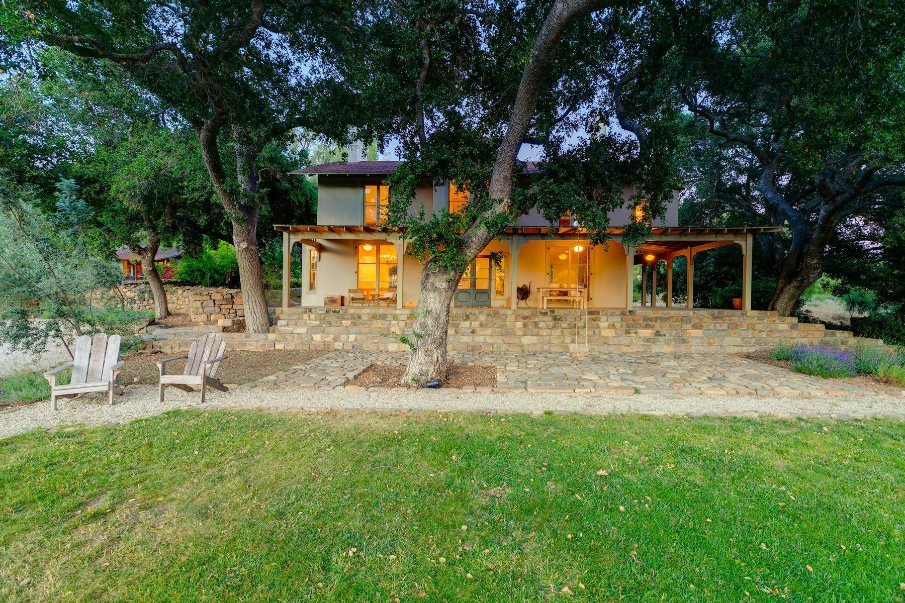 3. Single Family Homes for Sale at 4424 Thacher Road Ojai, California 93023 United States