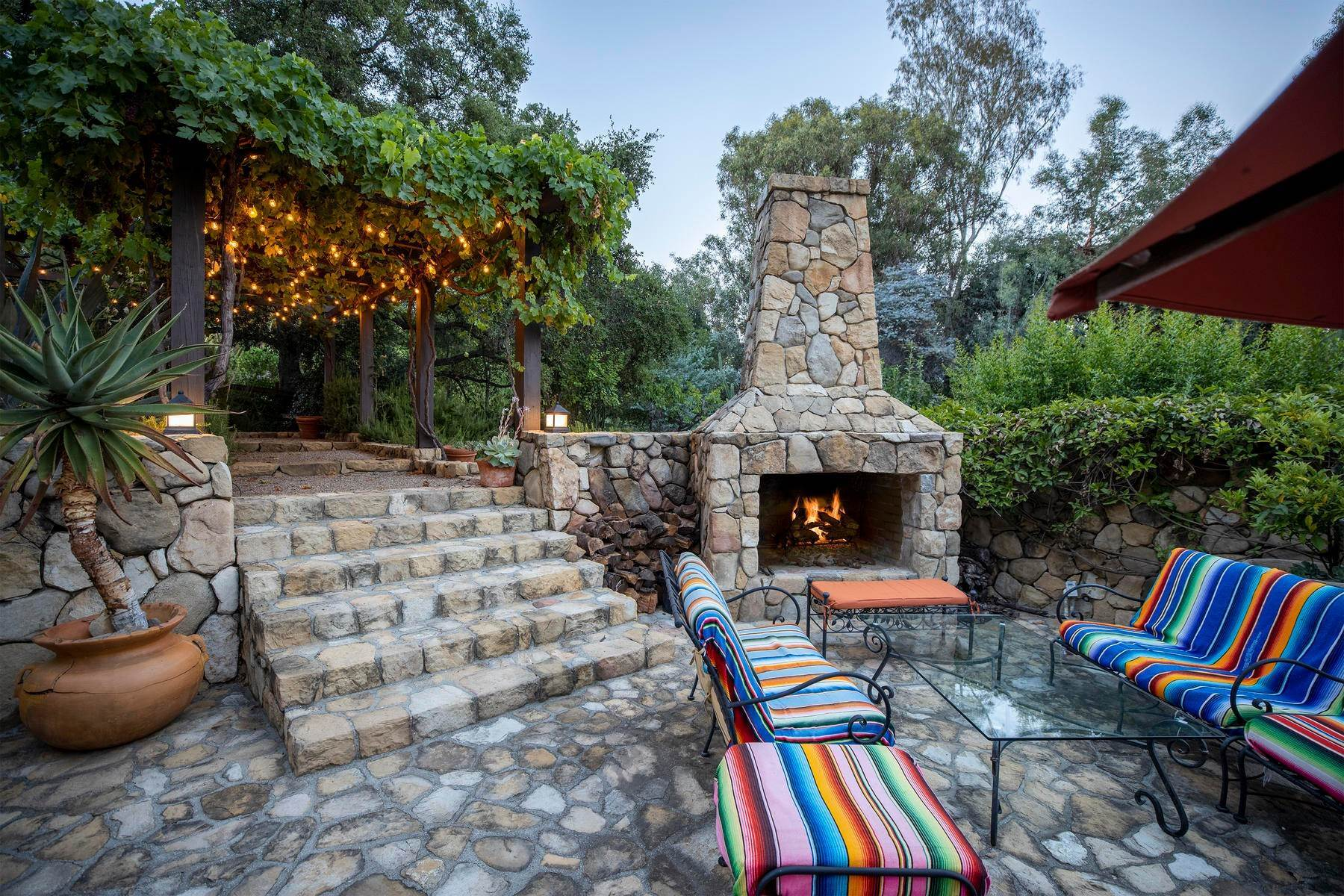 9. Single Family Homes for Sale at Iconic Paul Williams Design 906 Foothill Road Ojai, California 93023 United States