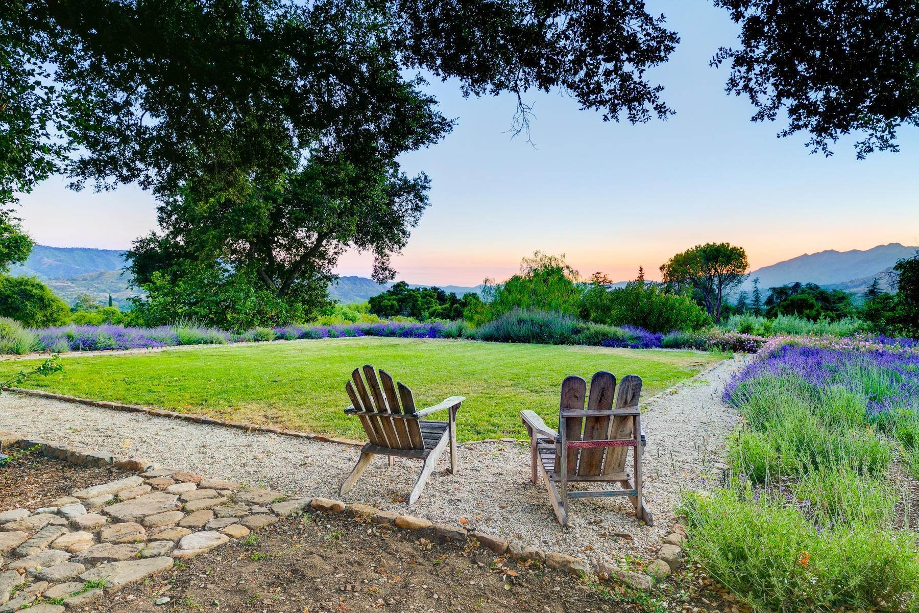 5. Single Family Homes for Sale at 4424 Thacher Road Ojai, California 93023 United States