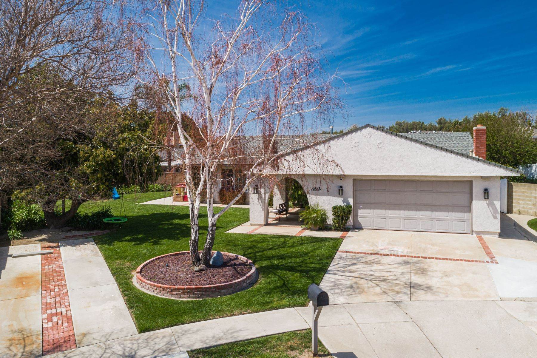 Single Family Homes for Sale at 2461Lita Place 2461 Lita Place Simi Valley, California 93063 United States