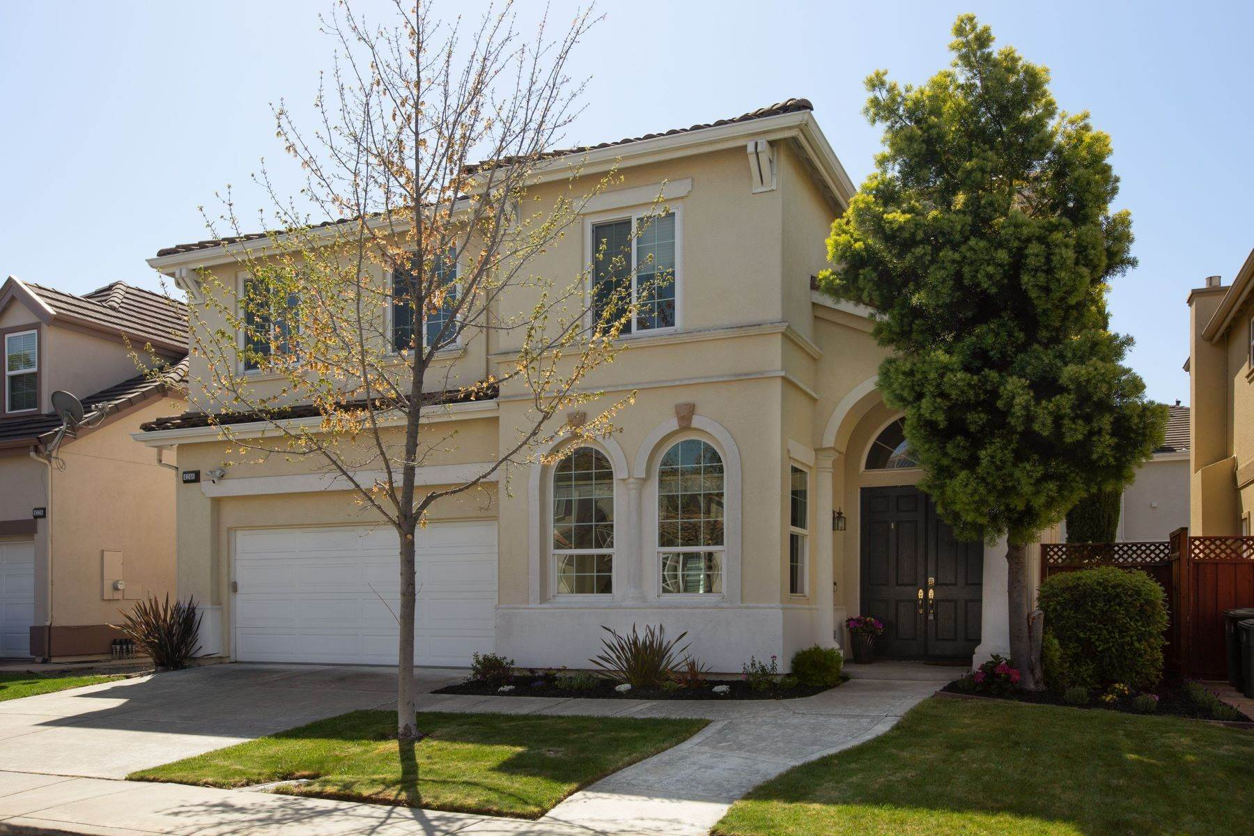 Single Family Homes por un Venta en 4246 Roscommon Way, Dublin, CA 94568 4246 Roscommon Way Dublin, California 94568 Estados Unidos