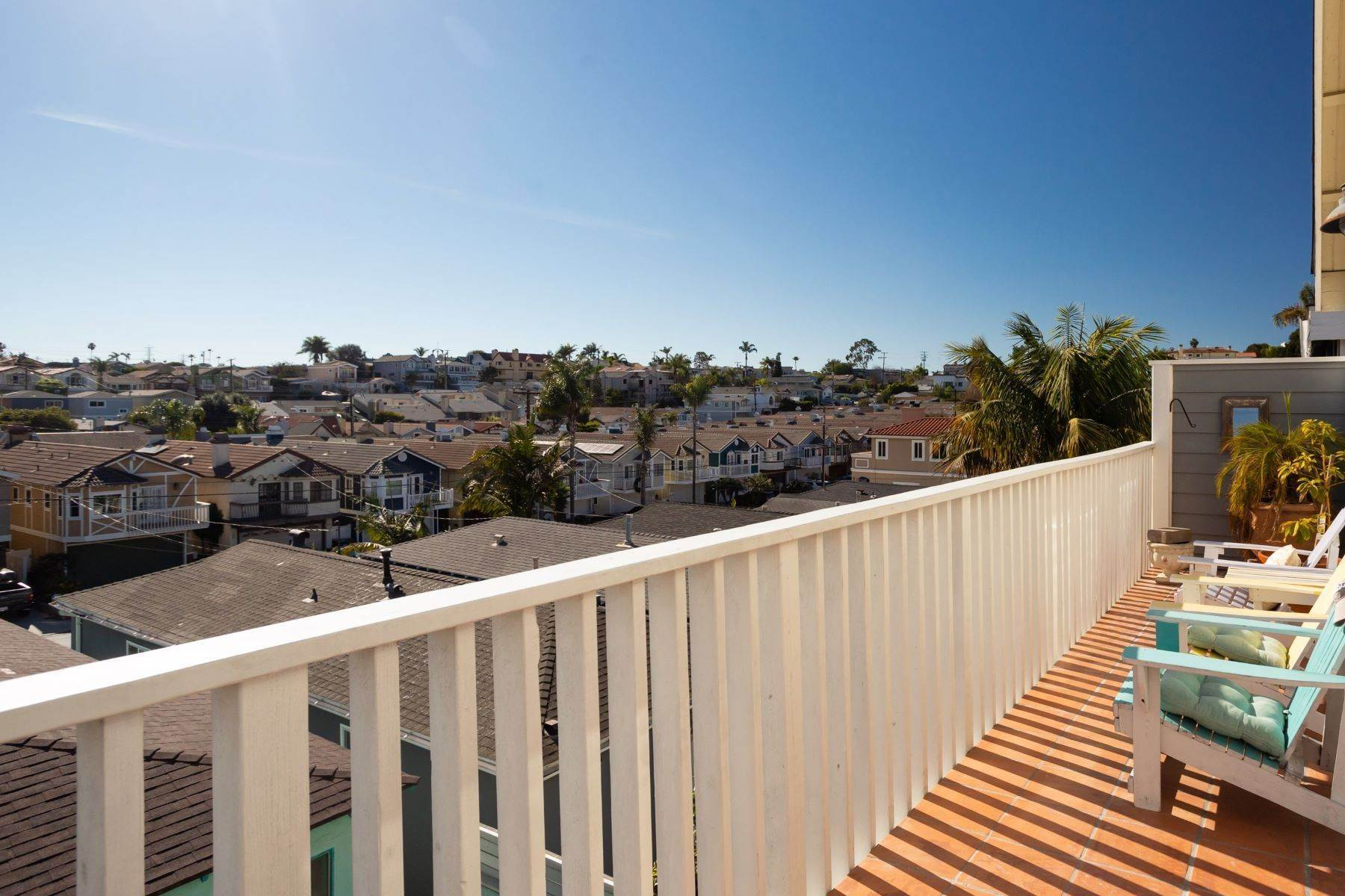 Single Family Homes for Sale at 1620 Speyer Lane, Redondo Beach, CA 90278 1620 Speyer Lane Redondo Beach, California 90278 United States
