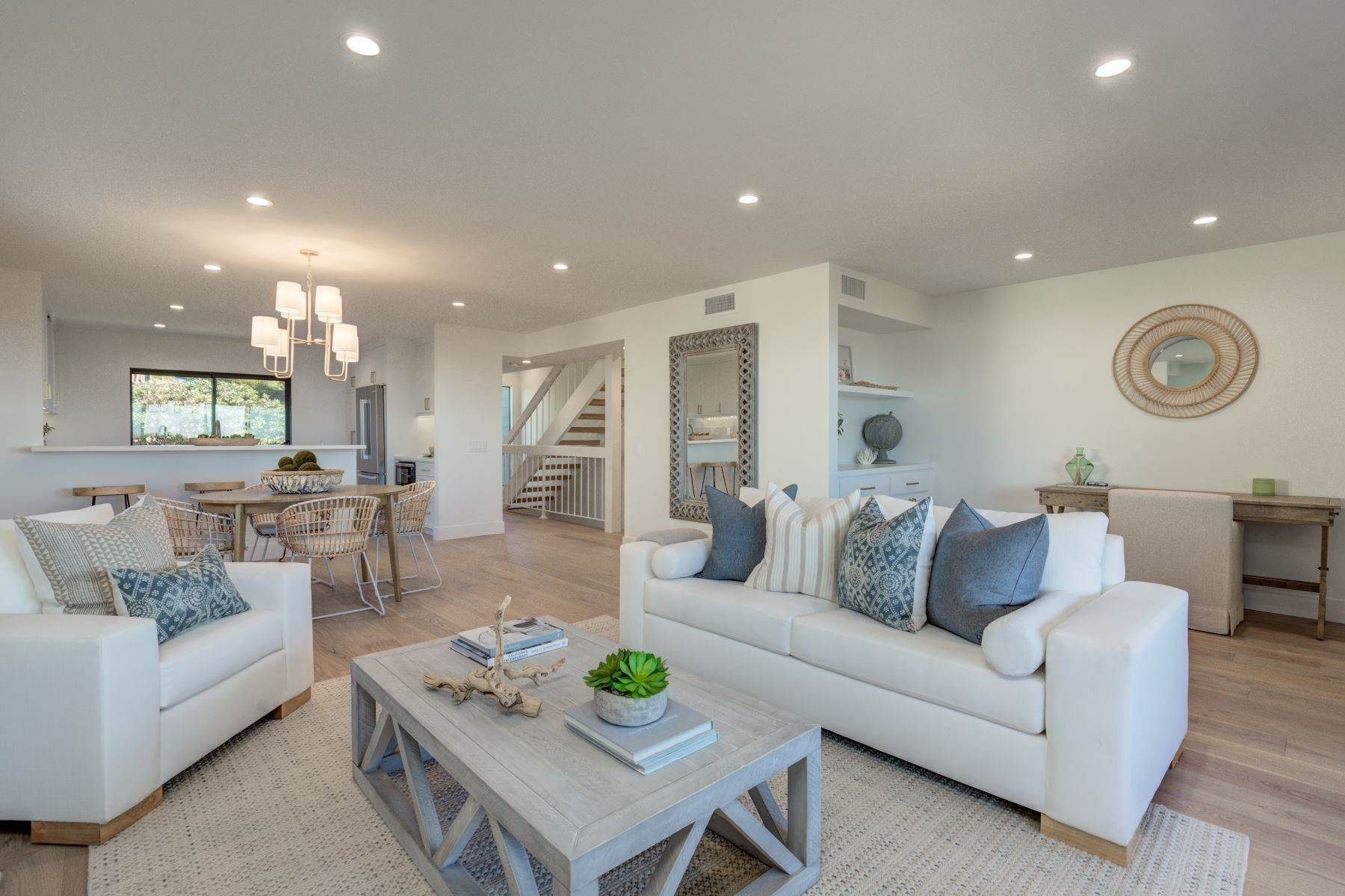 townhouses for Sale at 213 Calle Mayor, Redondo Beach, CA 90277 213 Calle Mayor Redondo Beach, California 90277 United States