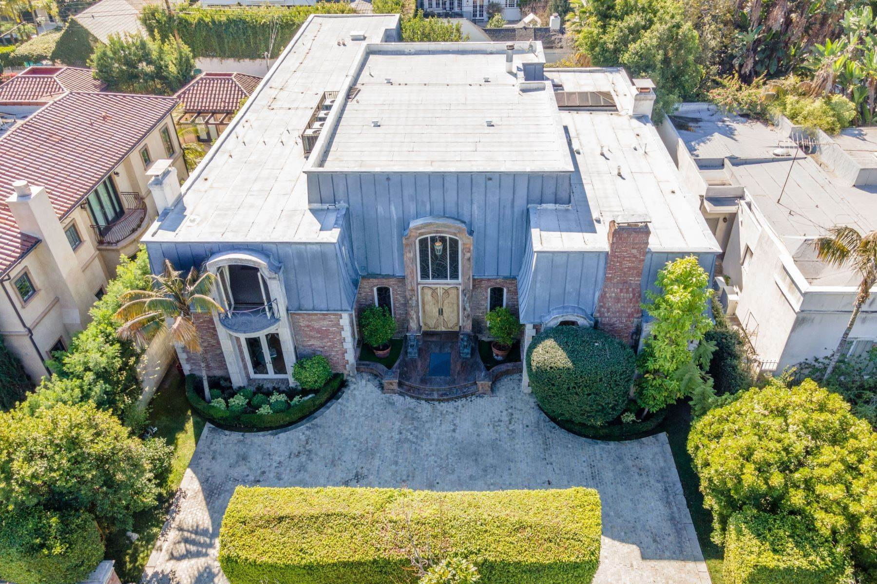 Single Family Homes por un Venta en French Regency Estate 607 North Camden Drive Beverly Hills, California 90210 Estados Unidos