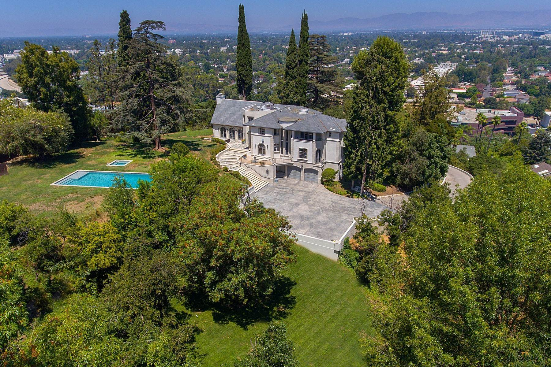 Single Family Homes for Sale at 11400 Sunshine Terrace Studio City, California 91604 United States
