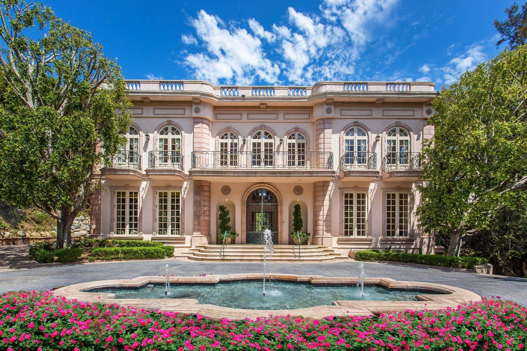 Single Family Homes for Sale at Elegant Holmby Hills Estate 110 North Mapleton Drive Los Angeles, California 90077 United States